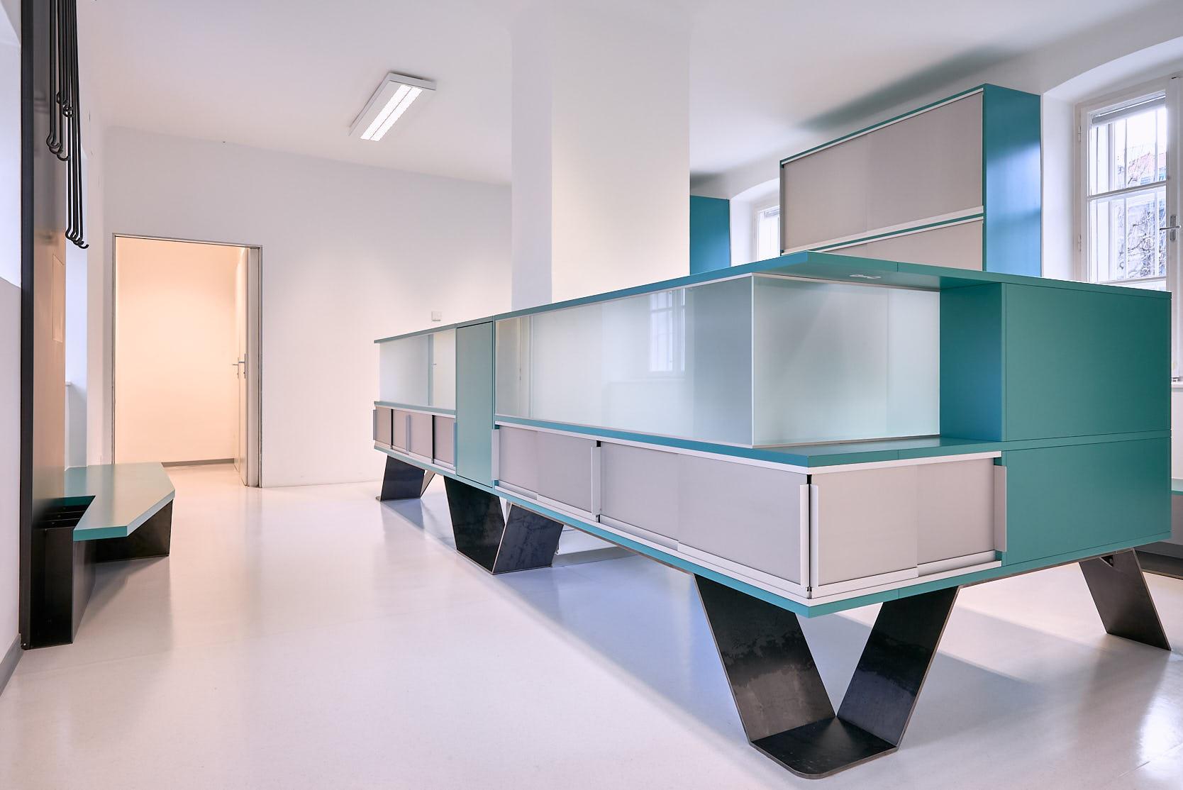 Office Augarten: Desk